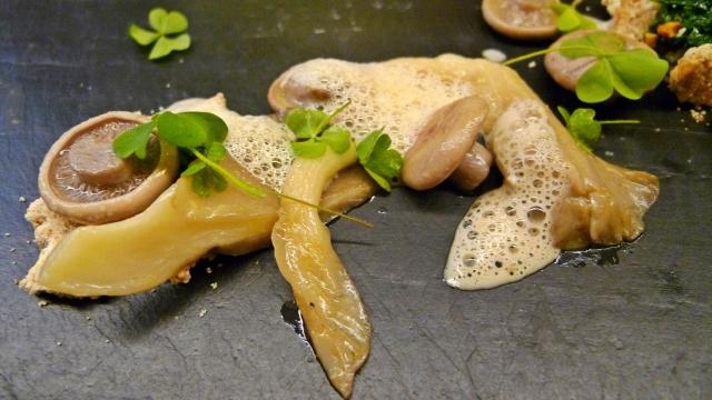 Artischocke-Pilze