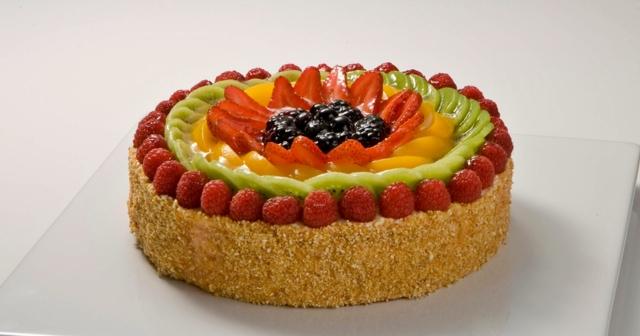 Käsekuchen mit Obst (2)